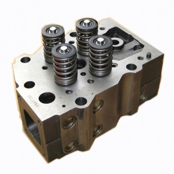 Cylinder head for NT855